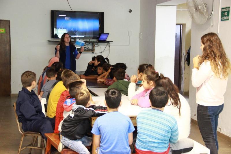 ABSA brindó una charla educativa sobre el cuidado del agua en Maipú