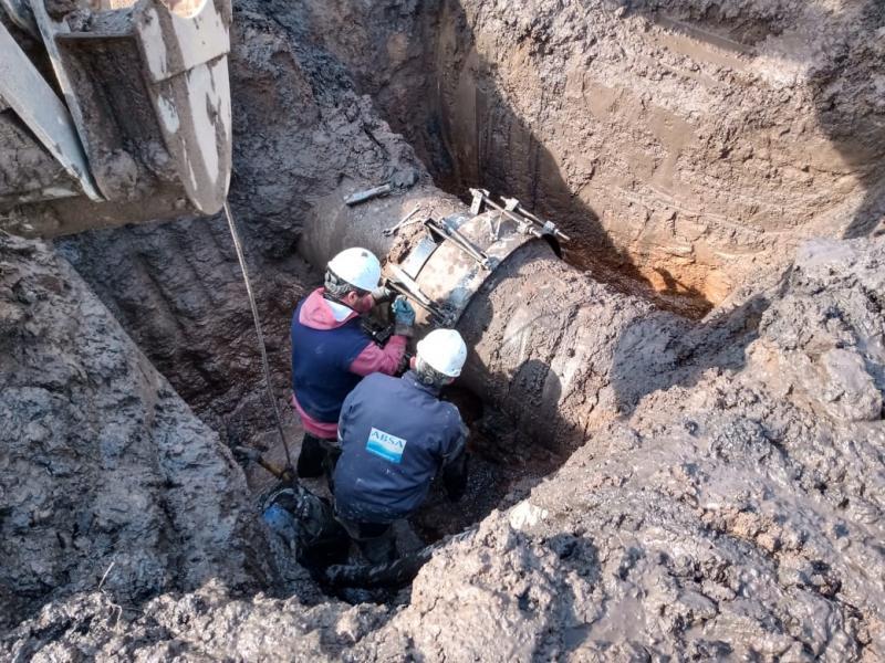 Trabajos de mantenimiento en la red cloacal y sobre el Acueducto en Carlos Casares