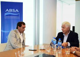 La Plata - El presidente de ABSA recibió al intendente platense, Julio Garro