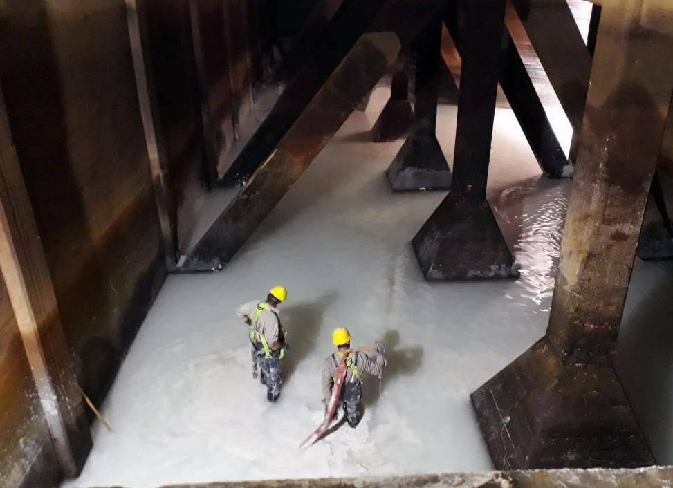 ABSA finalizó la histórica limpieza de la cisterna Norte en la Planta Potabilizadora de Punta Lara